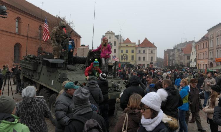 Amerykańscy żołnierze spotkali się z mieszkańcami Torunia.