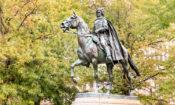 (Fot. Pomnik Kazimierza Pułaskiego, Freedom Plaza, Waszyngton)