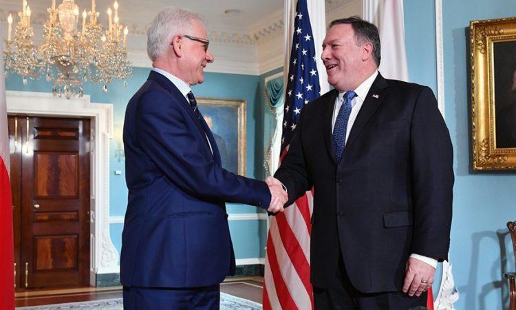 Sekretarz stanu Michael Pompeo i minister spraw zagranicznych Jacek Czaputowicz